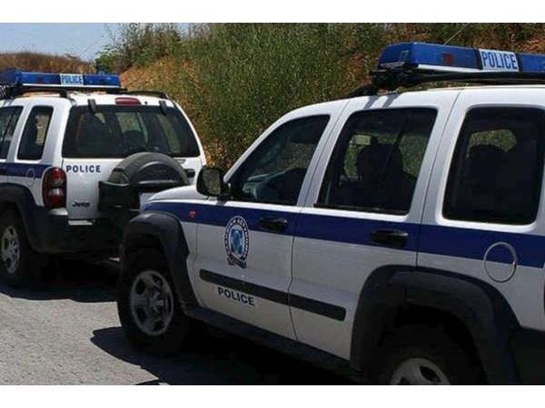 ekam_policecar5785886088305187874.jpg